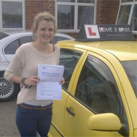 driving school in wokingham - love 2 pass