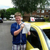 driving instructor in wokingham- love 2 pass